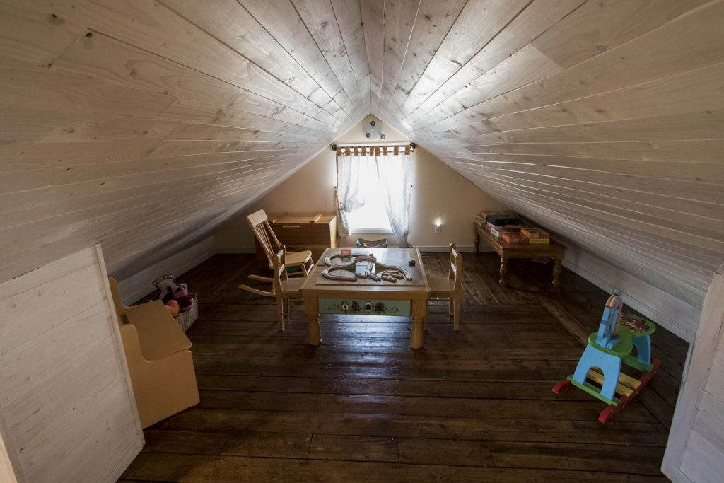 Prospector's House - Attic kid's area